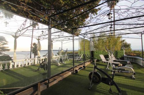 Gym area (3)